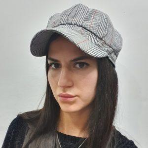 כובע קסקט שבו